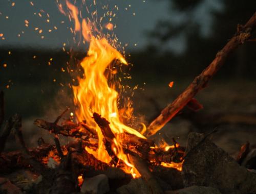 Fire element Nine of Wands Tarot Card deck Minor Arcana